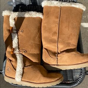 Girls size 5 1/2 Boots